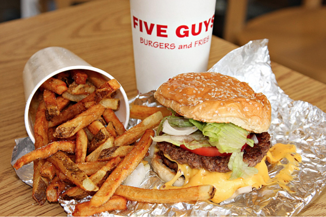 the-five-guys-secret-to-restaurant-marketing-with-no-ad-budget