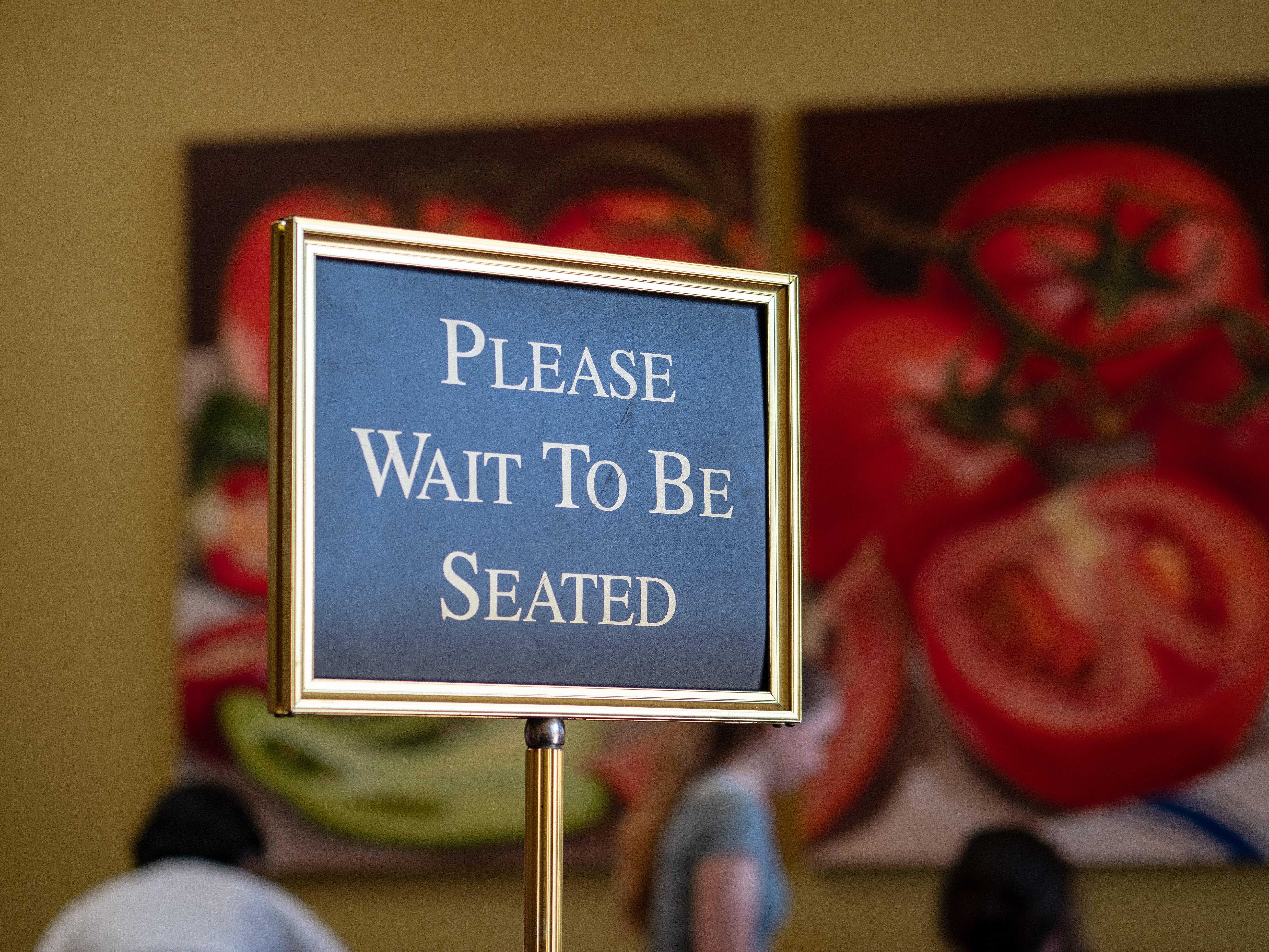 5-effective-ways-to-reduce-restaurant-wait-times