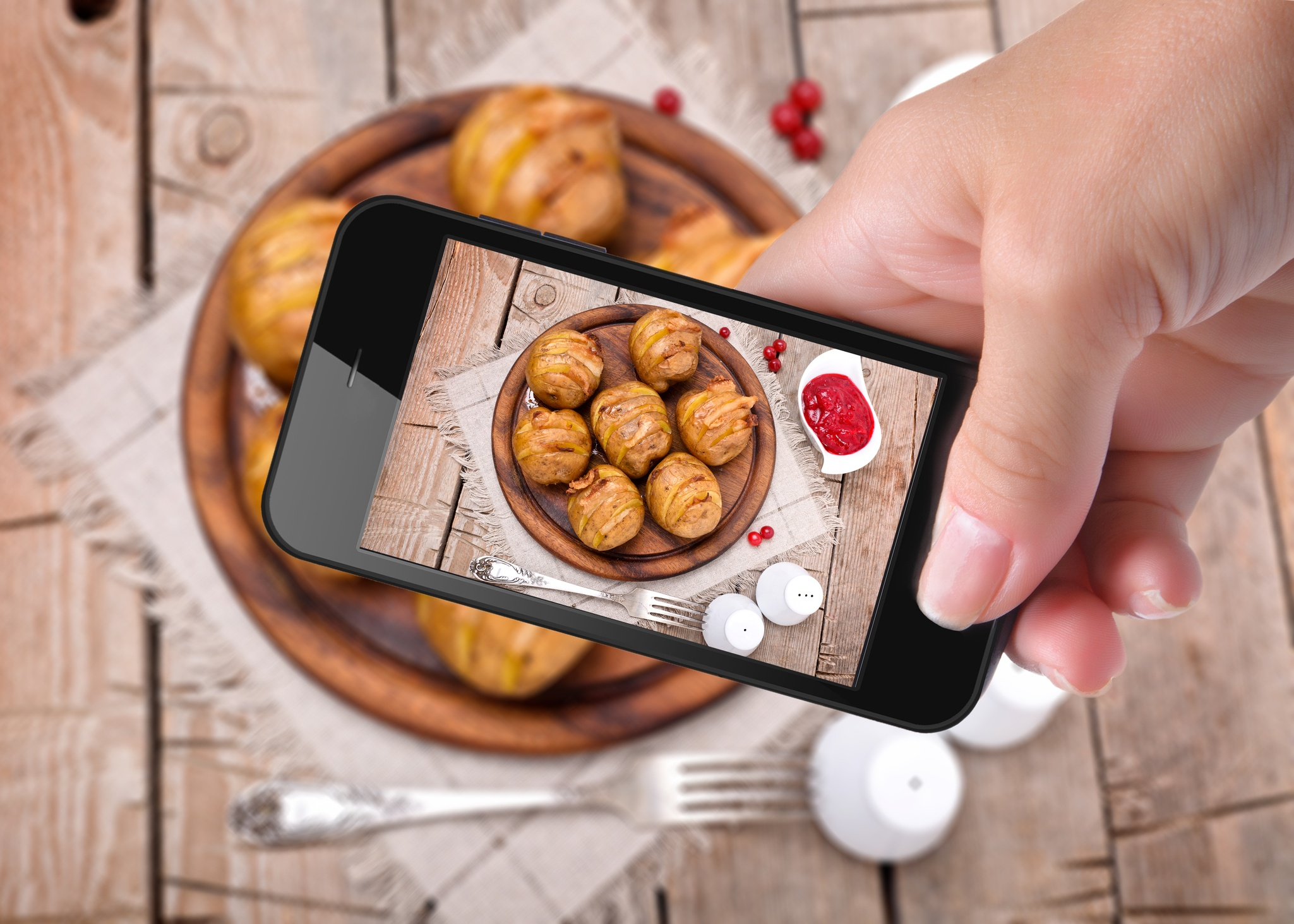 reach-more-diners-with-9-easy-instagram-restaurant-promotion-ideas