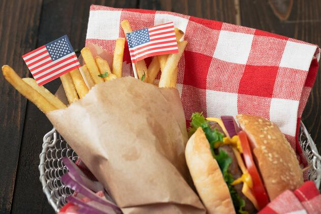 tribute-to-3-restaurant-who-shaped-america-restaurant-marketing-this-4th-of-july.jpg