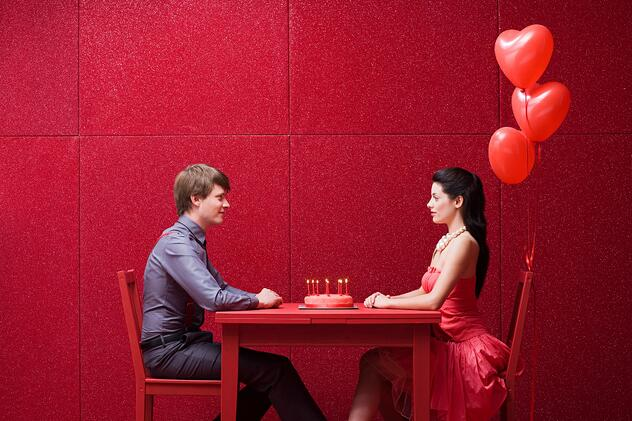 8-last-minute-valentines-day-restaurant-promotion-ideas.jpg
